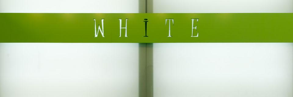 Bed & Breakfast White